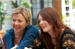 Annette-Benning-with-Julianne-Moore